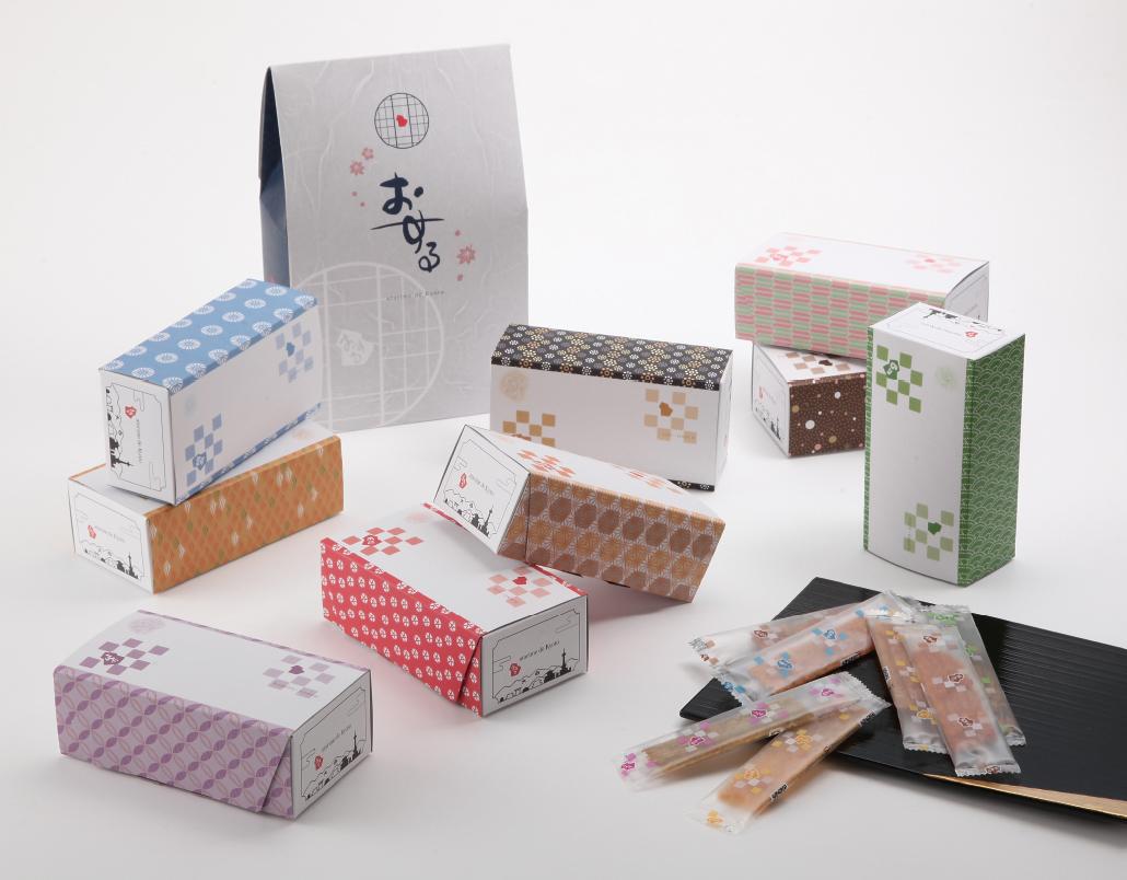 お客様の多様な好みに対応する、京の和柄を使用したご進物箱